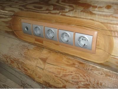 Скрытая проводка в деревянном доме