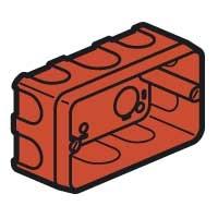 Коробка Batibox для кирпичных стен 3 модуля глубина 40мм