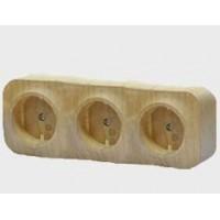 Розеточный блок 3x2P+E с защитными шторками дерево Quteo