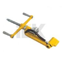 Инструмент для крепления ленты