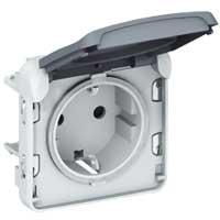 Розетка 2P+E 16А с крышкой встраиваемая, белый IP55 Plexo