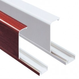 Кабель-канал плинтусного типа белый 100х40 мм